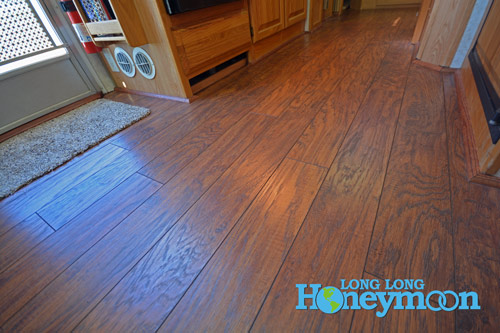 Proof's in the puddin' folks - clean floors, woo hoo! (Click the pic for more info.)